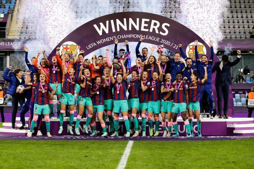 El Barcelona hace historia en Champions