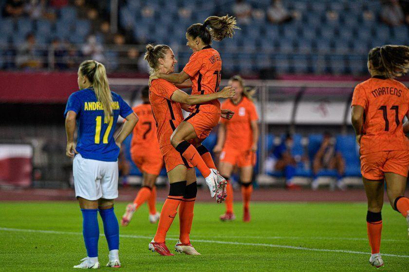 Brasil y Países Bajos firman tablas