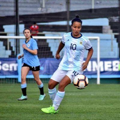 También se destacan presencias importantes en otros equipos del torneo, Dalila Ippolitto en la selección argentina, jugadora de gran capacidad técnica y con experiencia mundialista ya que fue parte del plantel nacional en Francia 2019.