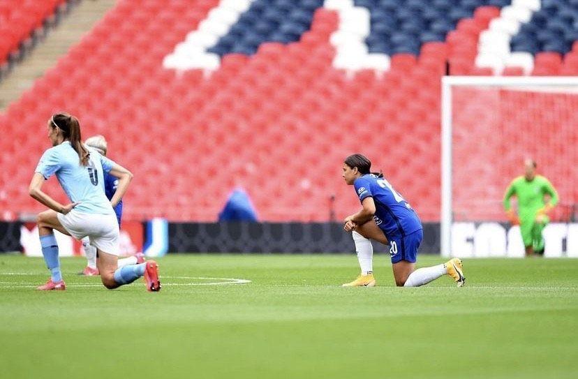 Apagón en redes del fútbol inglés contra el abuso online
